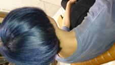 奇抜カラー #ブルー#バイオレット LOREN所属・田中沙季のスタイル