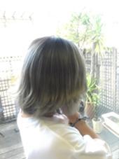 シルバーグレージュ hair&make Seek所属・島貫裕大のスタイル