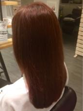 【ピンク×ツヤ感】 ツヤ感をプラスし、かわいらしさの中にも大人らしさをプラス♪ Cockney Hair&Beauty所属・斎藤吾内のスタイル
