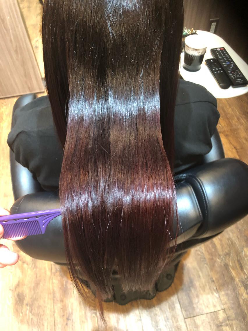#ロング #カラー #マツエク・マツパ 【ご覧いただきありがとうございます☆こちらのスタイルを気に入っていただけましたら、ブックマークしてご来店時にお見せください!】ダメージの少ないものでもアルカリ剤なので髪の毛が良いとされる、弱酸性のカラーでダメージを最小限に仕上げています!