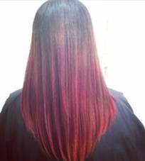 赤と紫のグラデーションカラー cobaco.所属・西尾聡のスタイル