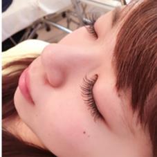 真ん中長めのデザイン☆ 長めのCカールでぱっちりした印象♡ Hair design salon SWAG所属・山口千怜のフォト
