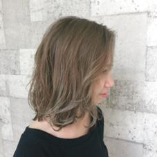ハイトーンご希望のモデルさん ベージュアッシュにマットを少し加えて 秋感を出しました(^O^) RISA  granche所属・村上遥香のスタイル