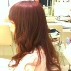 ランタンにまいて、無造作感がでるように間を間引いてカット。ロングヘアにも浮遊感をプラス☆ Hairsalon 7{Na-na}所属・ayumiのスタイル