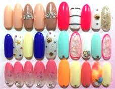 【初回限定】アート込み定額ジェルネイル ¥6500(税抜) 季節によって、定額デザインが変わります。 ネイルサロン・スクールRENAO所属・nail salonRENAOのフォト