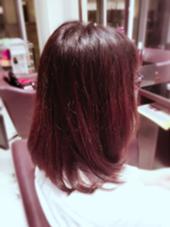 Aラインの鎖骨ぐらいのフェミニンボブ☆ 癖毛で広がりやすい方にも少しだけ重さを残して 広がりにくくしてます!! MARIEN  BETH所属・河津里菜のスタイル