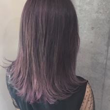 pink violet color % % 西村なる美のヘアカラー