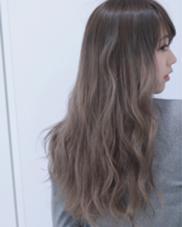 シルバーアッシュ×ハイライトグラデーションカラー  Dejave hair&space西千葉店所属・佐々木成のスタイル