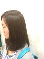 今流行りの「グレージュ」!!明るすぎるず暗すぎず簡単内巻き仕上げでシックな印象にしました(^○^) HAIR&MAKE EARTH平井店所属・尾高元樹のスタイル