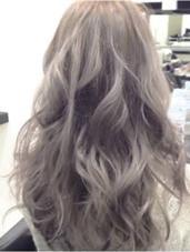 アッシュグレー 新生毛の場合ブリーチ2回必要 LILY所属・中川和貴のスタイル