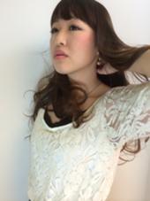 春らしい透き通ったカラーリングと大きめのカール Dahlia【ダリア】所属・三木甲太のスタイル