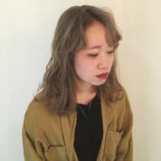 ダブルカラー アッシュベージュ hair design Glanz所属・大垣めぐみのスタイル