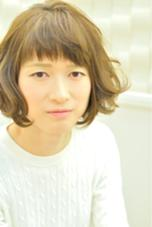 透け感たっぷりマッシュボブ☆ グリーンアッシュで外国人風イメージを出しました。はねてもかわいい! oluolu〜hair〜所属・oluoluhairのスタイル