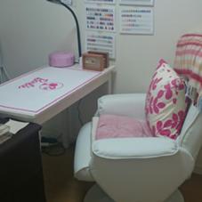 リクライニングソファーで寛いで頂けます。 Nail SalonFleurir横浜のフォト