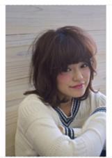 『ゆるふわホイップミディ』  伸ばしかけの方にオススメのレイヤースタイルです♪   SungooseTOKYO所属・店長渡辺タカノリのスタイル