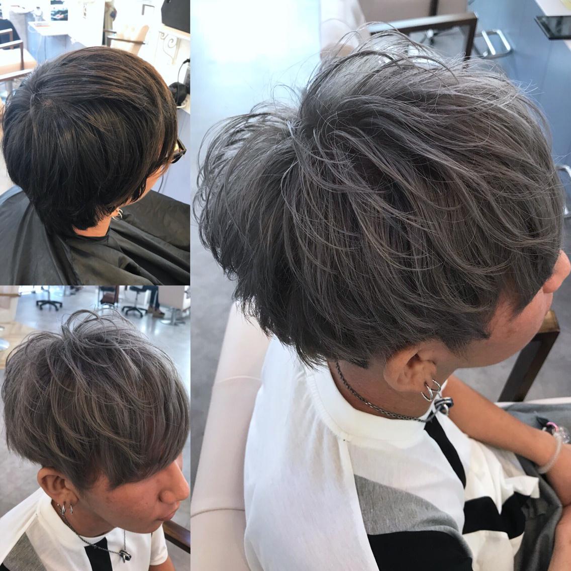#ショート #カラー #メンズ 伸びきった刈り上げ部分を刈り上げて 全体をスタイリングしやすくカット✂︎ ブリーチ+アディクシーでハイグレージュに🌟