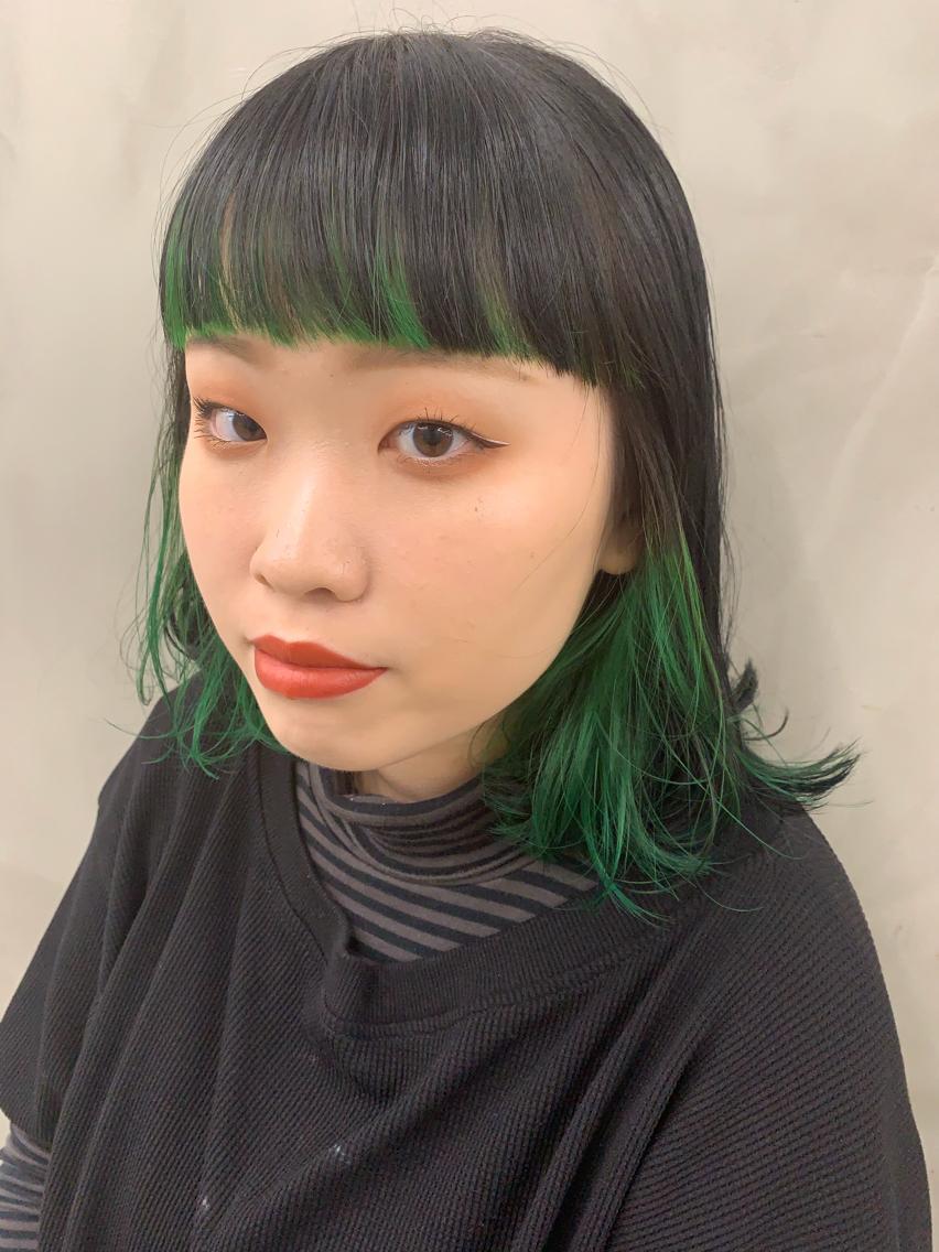 ポイントカラー 緑を添えて Sun所属 杉本穂乃花sunstylistのヘア
