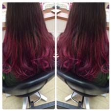 リアルマーメイドでしょ◎ ブリーチ必要です! よーくみると紫ピンクと いろいろはいってるんです! この夏ハイトーンで 遊びましょう☆ KR辻堂所属・kyuhiのスタイル