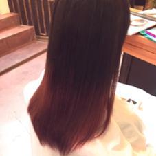 初カラー✨ ブリーチ1回からの グラデーションでレッド Hair  Atelier Ririan所属・マエダシンゴのスタイル
