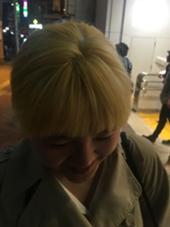 ブリーチリタッチ hair an floren所属・佐藤梨奈のスタイル