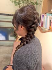 さり気なく、毛先にグラデーションを。 アレンジすると明るい所がムラになるから可愛いです(o^^o) nico所属・hashizumenatsumiのスタイル