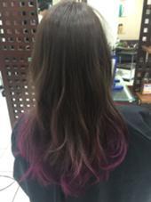 カラー セミロング ロング ピンクのグラデーションカラー