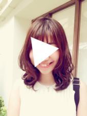 レイヤーをしっかり入れた夏のミディアムスタイル eNu所属・矢谷絵未のスタイル