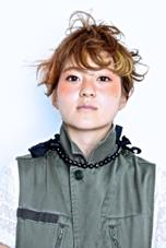 デザインカラー 撮影モデル Hair Atelier Nico所属・佐々木由香のスタイル
