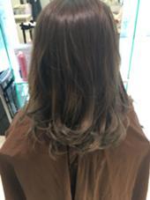 ナチュラルグレージュグラデーション✨ あまり派手にしたくないけどグラデーションやってみたい方にオススメ♡ ブリーチなしで、できるオシャレ髪スタイルです(*^^*) hair&make earth   大船店所属・大澤優樹のスタイル