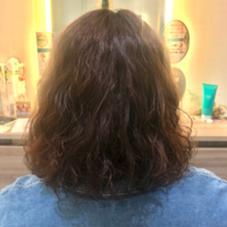 ウェーブスタイルで、直毛な髪に動きを出しました☆ Ash 中山店所属・高梨ひかるのスタイル
