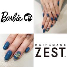 ブルー×ゴールドが大人っぽいバービーネイル♡ hair&make ZEST 立川南口店所属・サトヨシカナデのスタイル