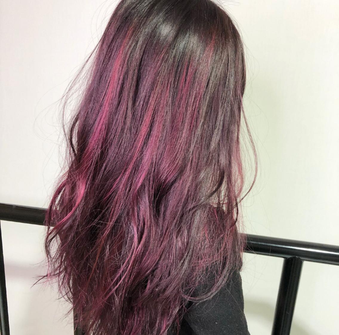 #ロング #カラー ピンクハイライト!!  ハイライト得意です!