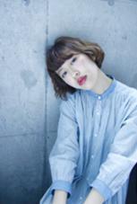 ゆるいウェーブパーマにミルクベージュのカラーで柔らかいボブスタイル* hair  salon himawari所属・松岡麻衣のスタイル
