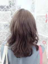 全体にアッシュcolorをオン♡ウェーブhair♡ H+Air salon所属・清水りさのスタイル