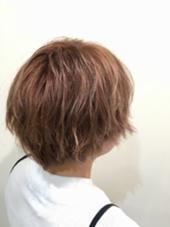 毛先のブリーチ毛を生かした 淡いピンクベージュ系 C-LOOP UNITED  ATELIER所属・山中大悟のスタイル