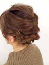 編み込み ダウンスタイルで、ナチュラルに((*´∀`*))  カラーはベージュ系 HairWork's r.Pixy所属・山田優華のスタイル