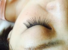 セーブル  0.15ミリ  Jカール  100本 Raruga 〜Hair beauty studio〜所属・阿野信乃のフォト