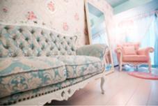 こだわりのとっても可愛いイタリア製の家具✨でお出迎え致します❤️✨ 大阪ブラジリアンワックス脱毛Liberté〜リベルテ〜所属・K.Kanaのフォト