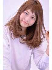 柔らかさを出したナチュラルミディ。ショートバングでちょっぴり個性を演出☆ナチュラルでお手入れしやすい簡単スタイリングヘア HAIR WORK Lucina所属・櫻井颯人のスタイル