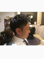 ビジネスマンに人気のスタイル! 朝のセットも楽チン! スッキリ印象チェンジしたい方にオススメです! 長谷川由佳のメンズヘアスタイル・髪型
