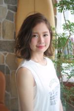 ボブの外ハネパーマスタイル☆ 前髪もかきあげて大人カジュアル SHEL所属・石川ミカのスタイル