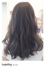 マットアッシュcolorを赤みの強い髪の毛にオン♡ H+Air salon所属・清水りさのスタイル