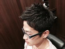横刈り上げて、前髪あげてるスタイルです!! HIROGINZA所属・根本萌のスタイル
