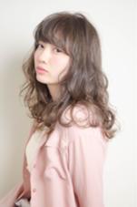 グレージュカラー❁ ふわふわ巻き。 micotto所属・中嶋葵のスタイル