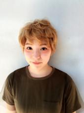 やんちゃな外人風。  ショートだけど 可愛さを残してみました ♪ Hair studio olive 駒川店所属・久徳美由紀のスタイル