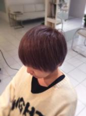 ダブルカラーで透明感のある髪色へ! ブリーチ後ラベンダーアッシュを重ねて、冬にもマッチするアッシュ系カラー 星野将司のスタイル