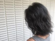 【 イルミナカラー × シアーグレージュ 】  自然光にあたるとこんな感じです ♪  高江秀聡のヘアカラーカタログ