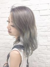 ハイトーングレージュカラー 色落ちしてもかわいい、ハイトーンカラーです! Hairsalon F所属・hamaishioriのスタイル