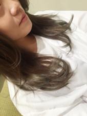 赤みナシのアッシュグレー☆ グラデーションとハイライトがお洒落です! Violet所属・若井友紀のスタイル