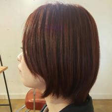 スタッフの矢口さんをカラーしました(^_^) 深みのある赤味ブラウンで、ツヤツヤに! hair lounge an rio所属・稲福久乃のスタイル